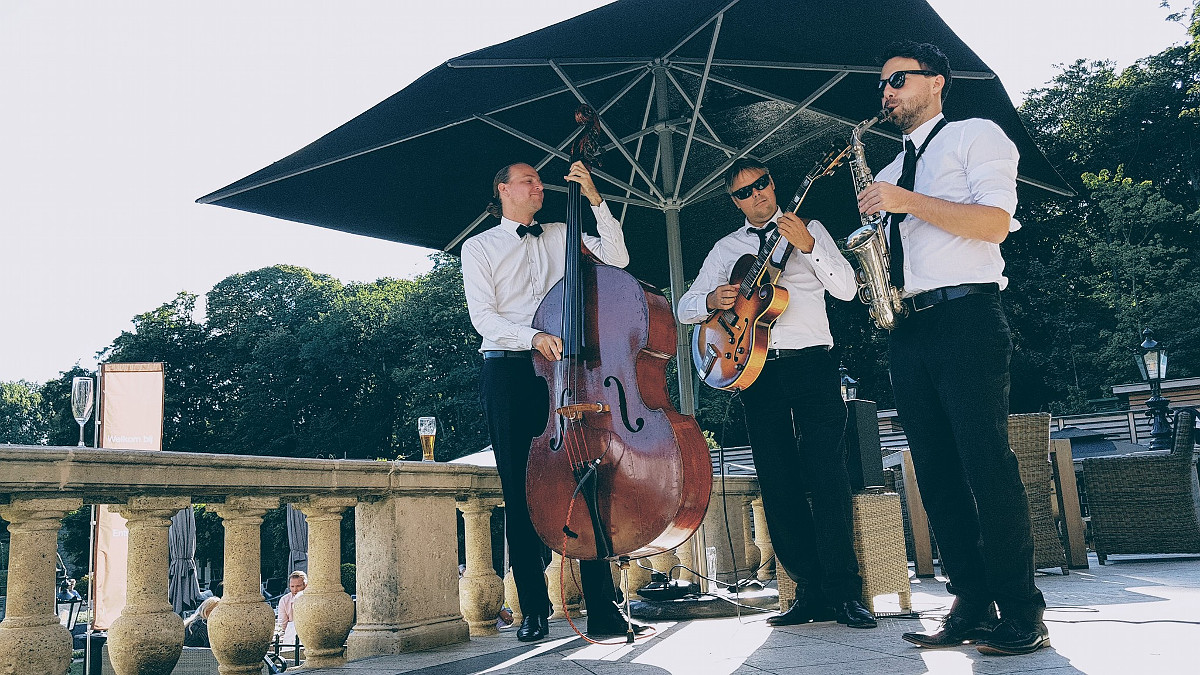Rent a jazz combo? Rent us!   The Jazz Centrale