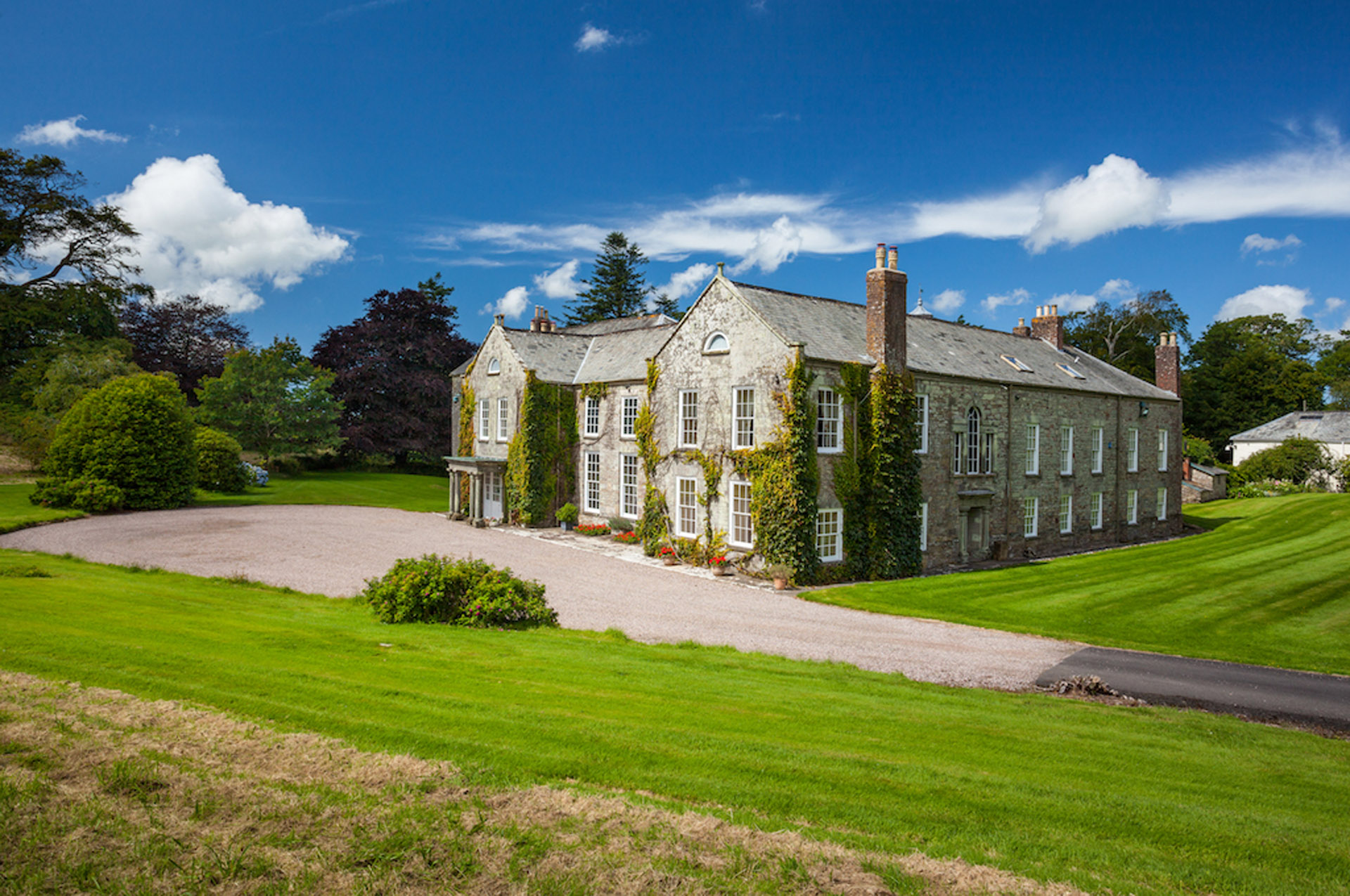 The Devon Manor House
