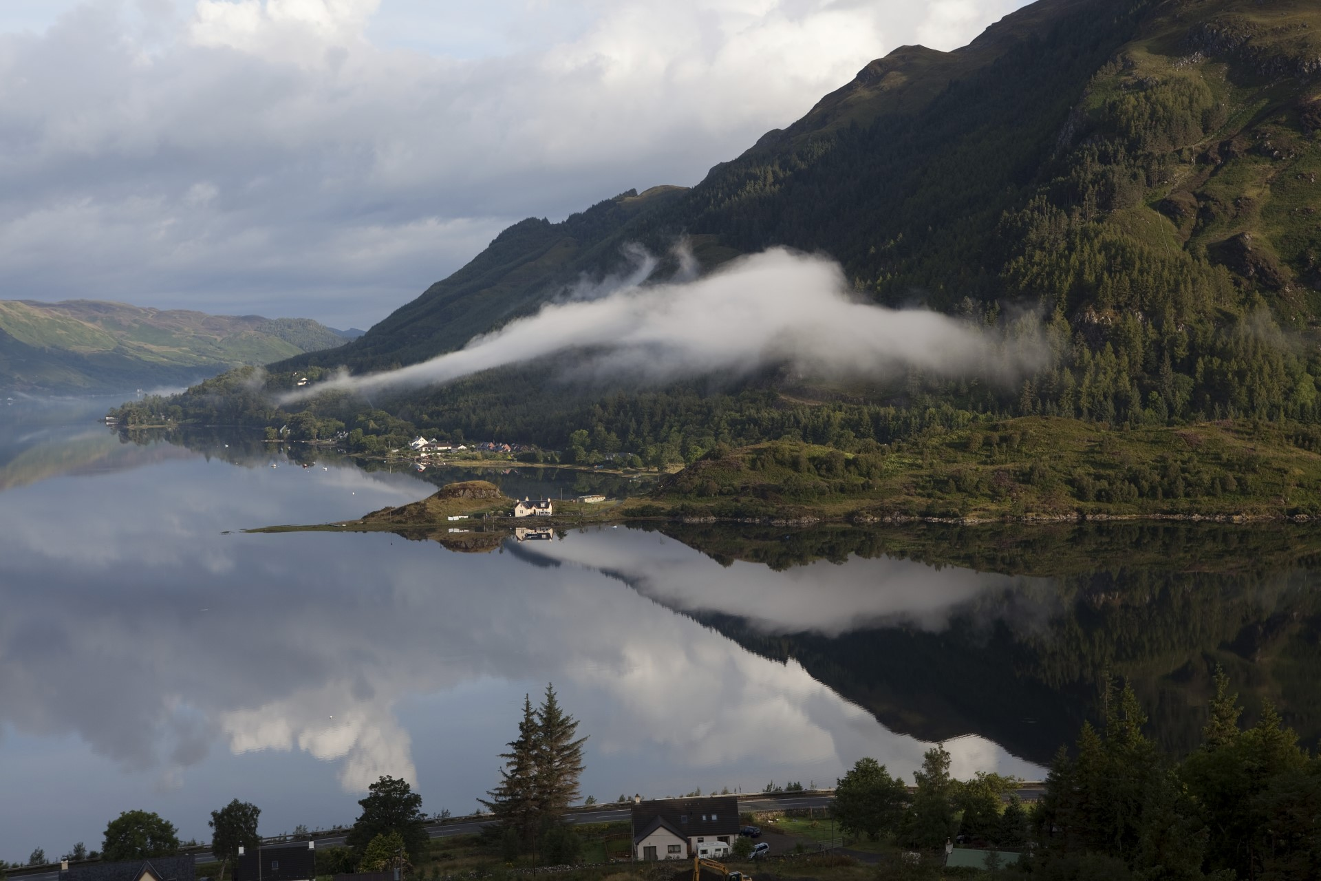 Stay in Kyle of Lochalsh cottage surrounded by the Scottish scenery.