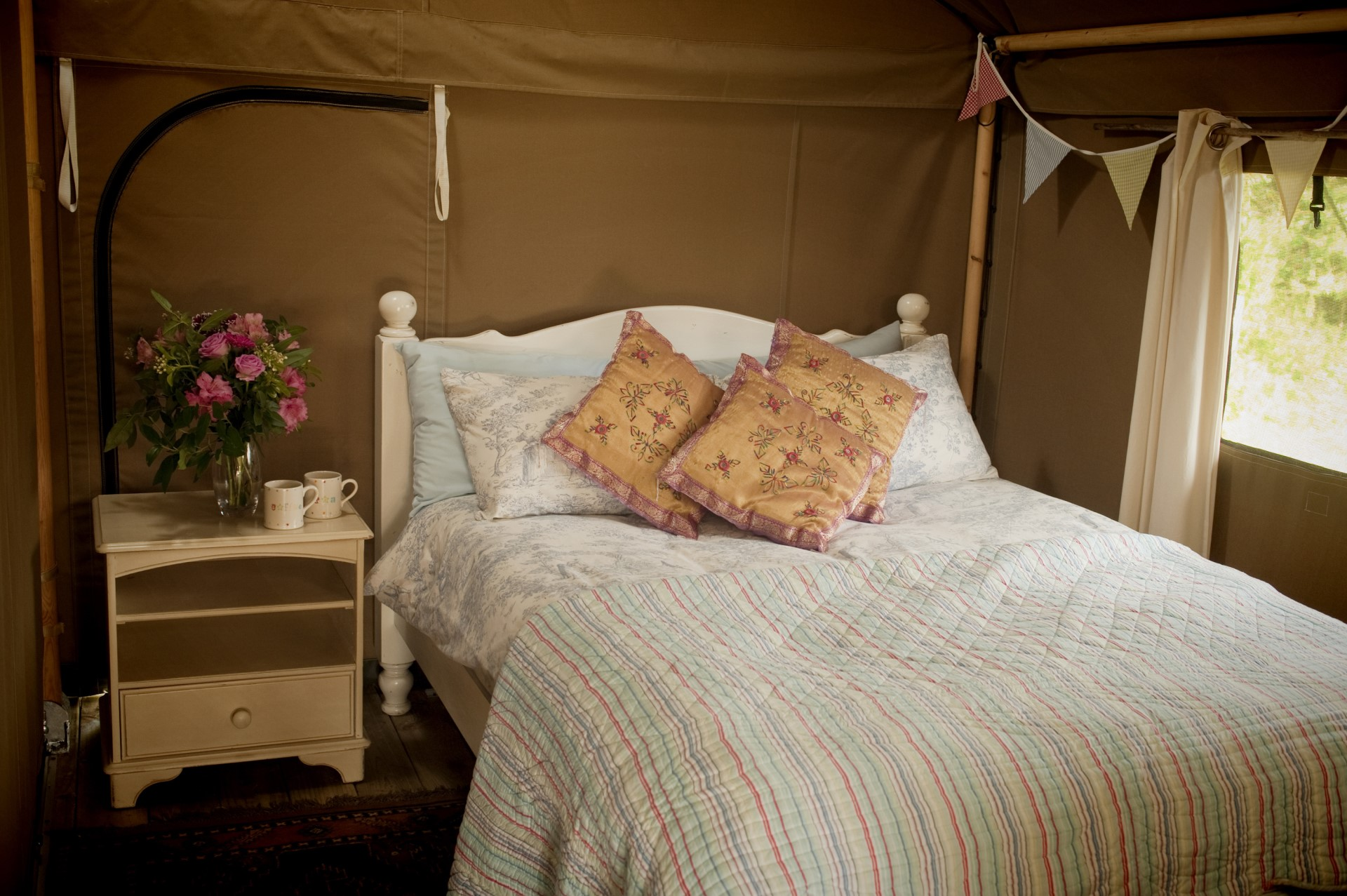 Daisy Safari Tent at Cuckoo Down Farm