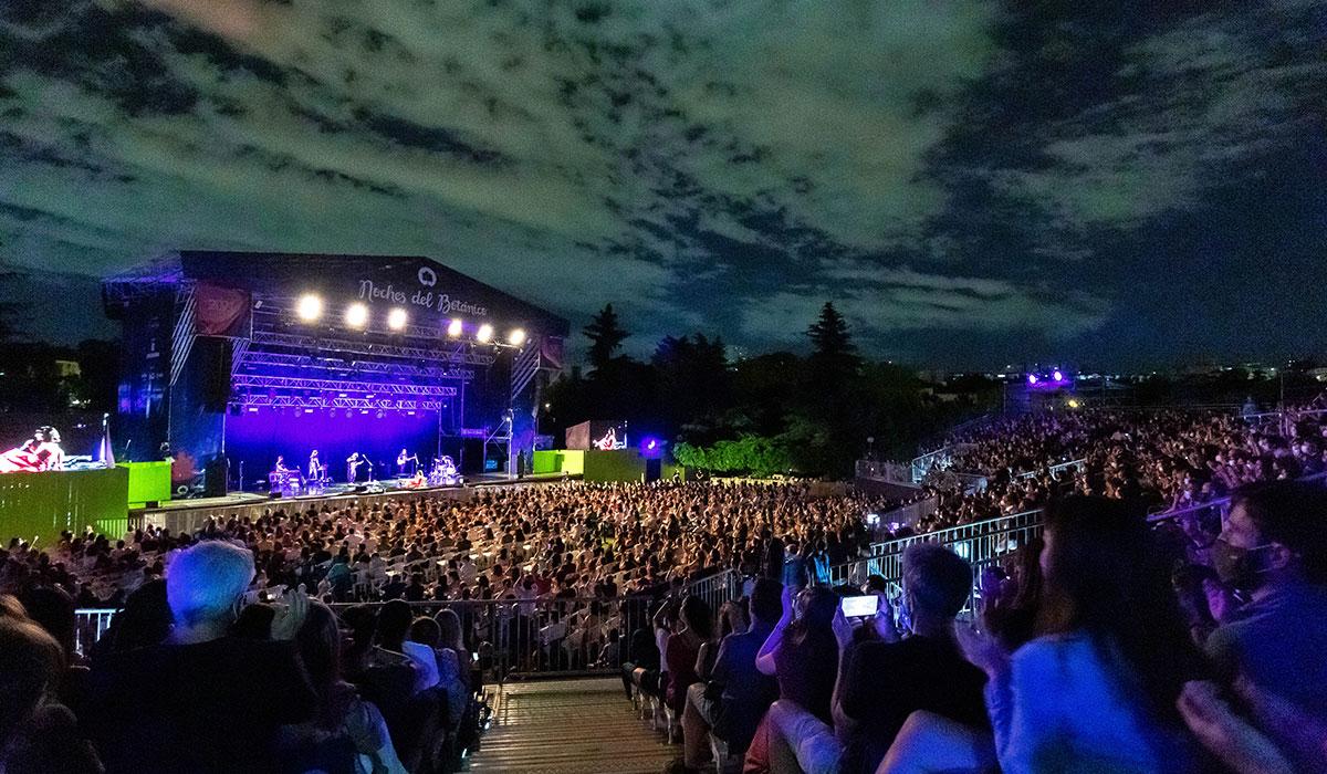 publico en el concierto de Lori Meyers Noches del Botánico 2021