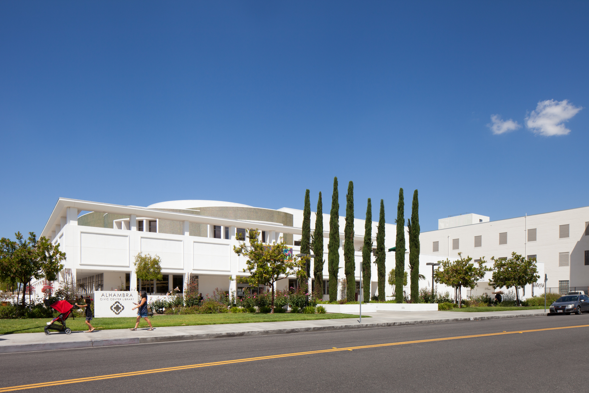 Photo of exterior of Alhambra Civic Center Library