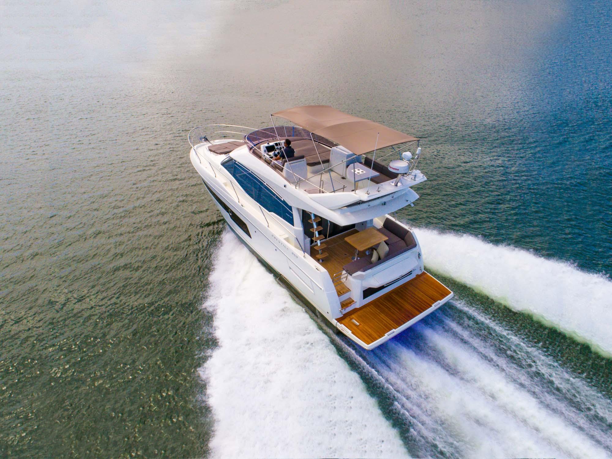 Sundance Yachts & Marinas - Cutwater Jeanneau Prestige