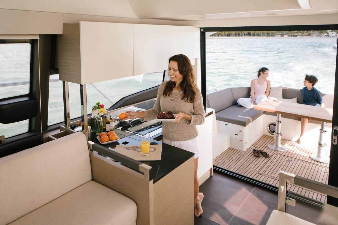http://www.yachtinglifestyle365.com/wp-content/uploads/2018/12/c1734be7e2cb3a131ae4b0b18d46db5d.jpeg