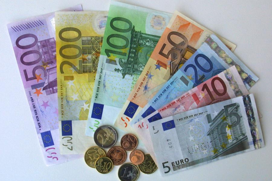 FOREX_News-euro-hits-3-year-high