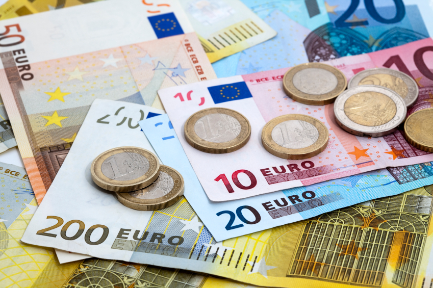 FOREX_Euro-pinned-at-two-month-lows_FXPIG