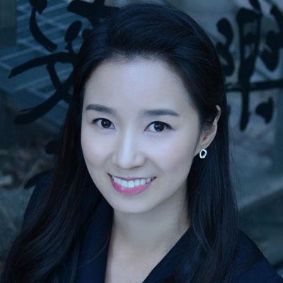Debbie Jungminbrings heart centered success to Seoul.