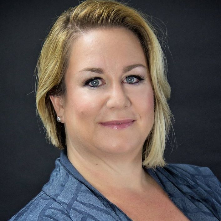 Jennifer Jimbere, Coach, Change Consultant and Best-Selling Author named 100 Authority