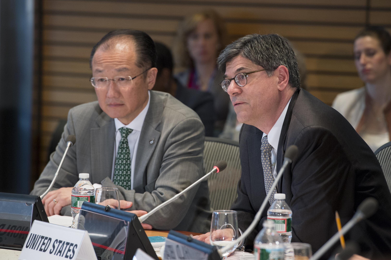 Washington DC., 2013 World Bank / IMF Spring Meetings. World Bank Group President Jim Yong Kim and U.S. Treasury Secretary Jack Lew.