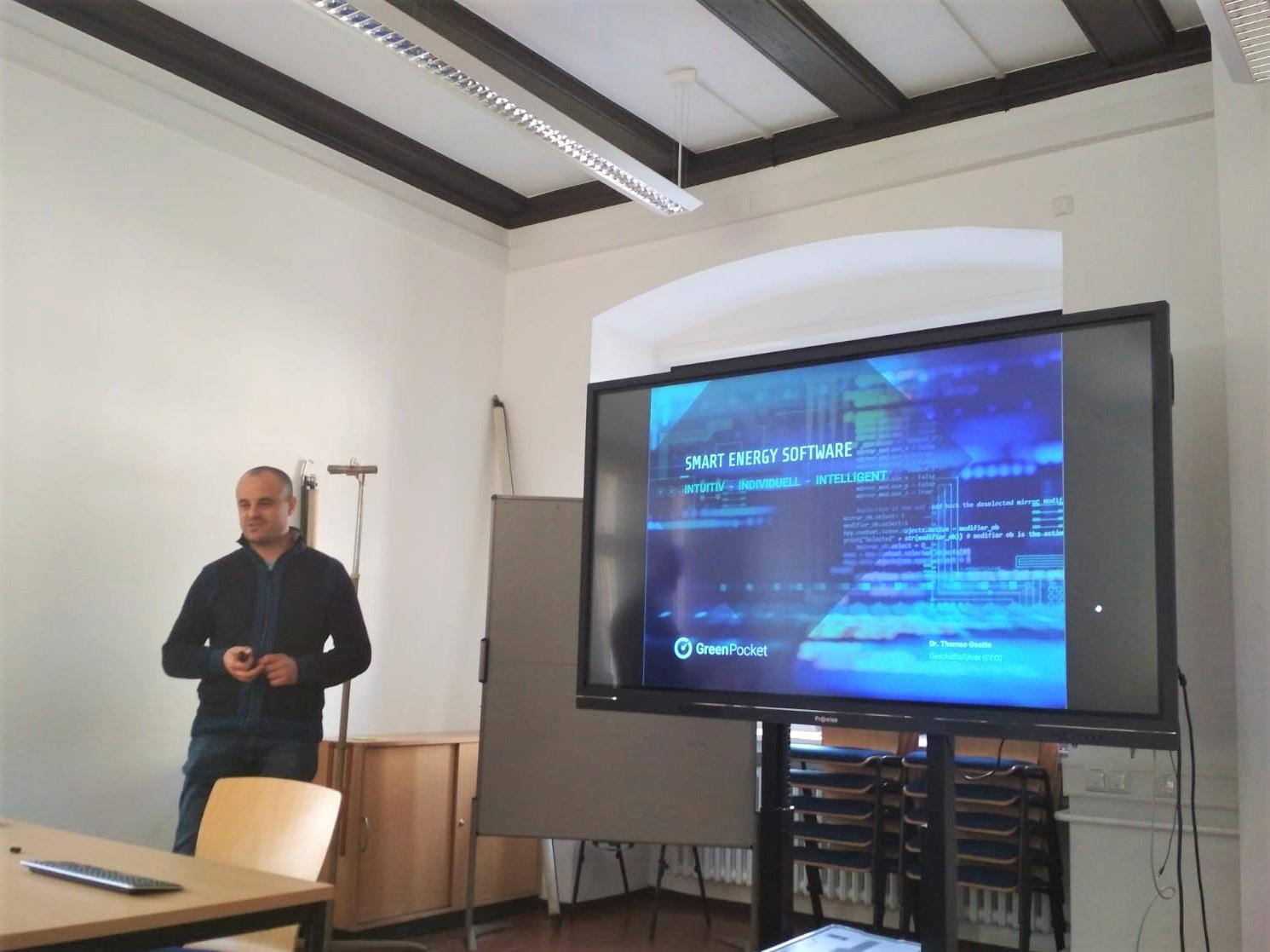 Dr. Martin Ivanov bei seinem Expertenvortrag
