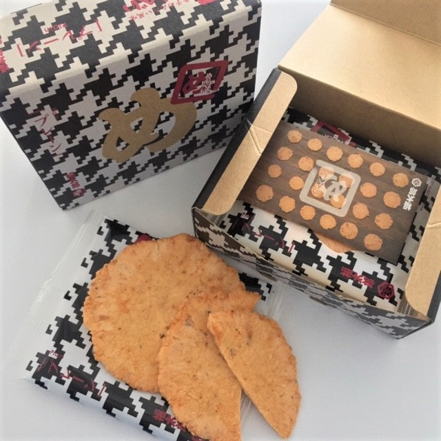 picture of japanese cookies