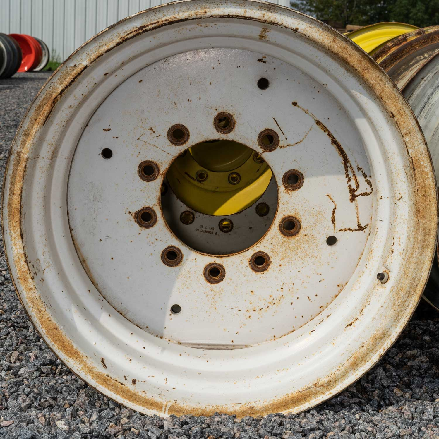 agricultural rim in good condition