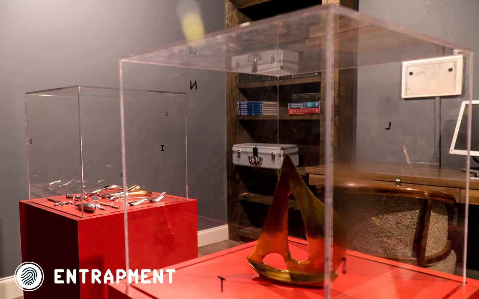 Gallery Sacramento Red Door Escape Room
