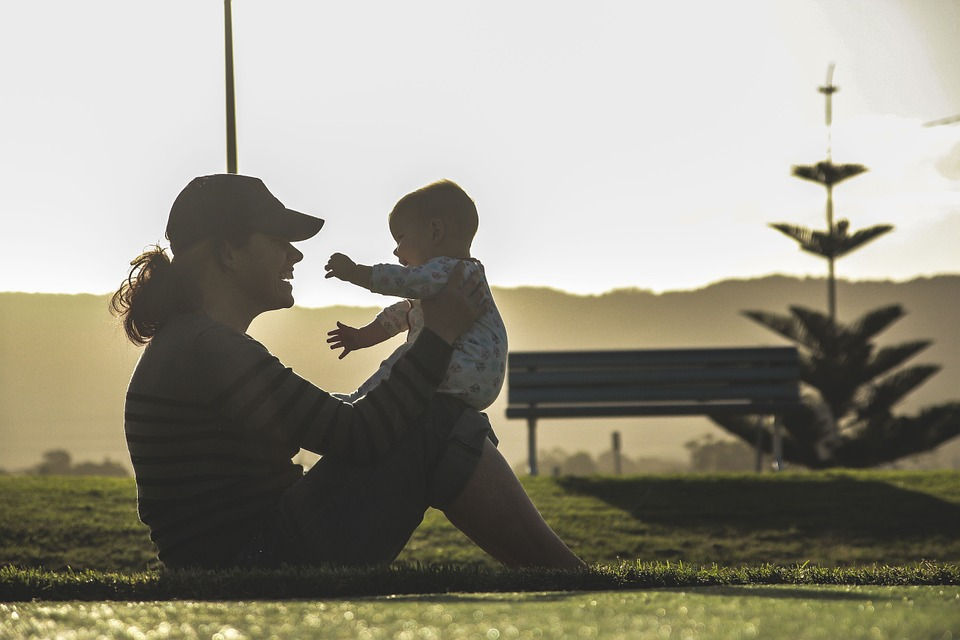 Child Support Obligations for Teenage Parents and Grandparents