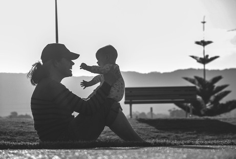 Child Support Laws for Teenage Parents in Illinois | How Will My