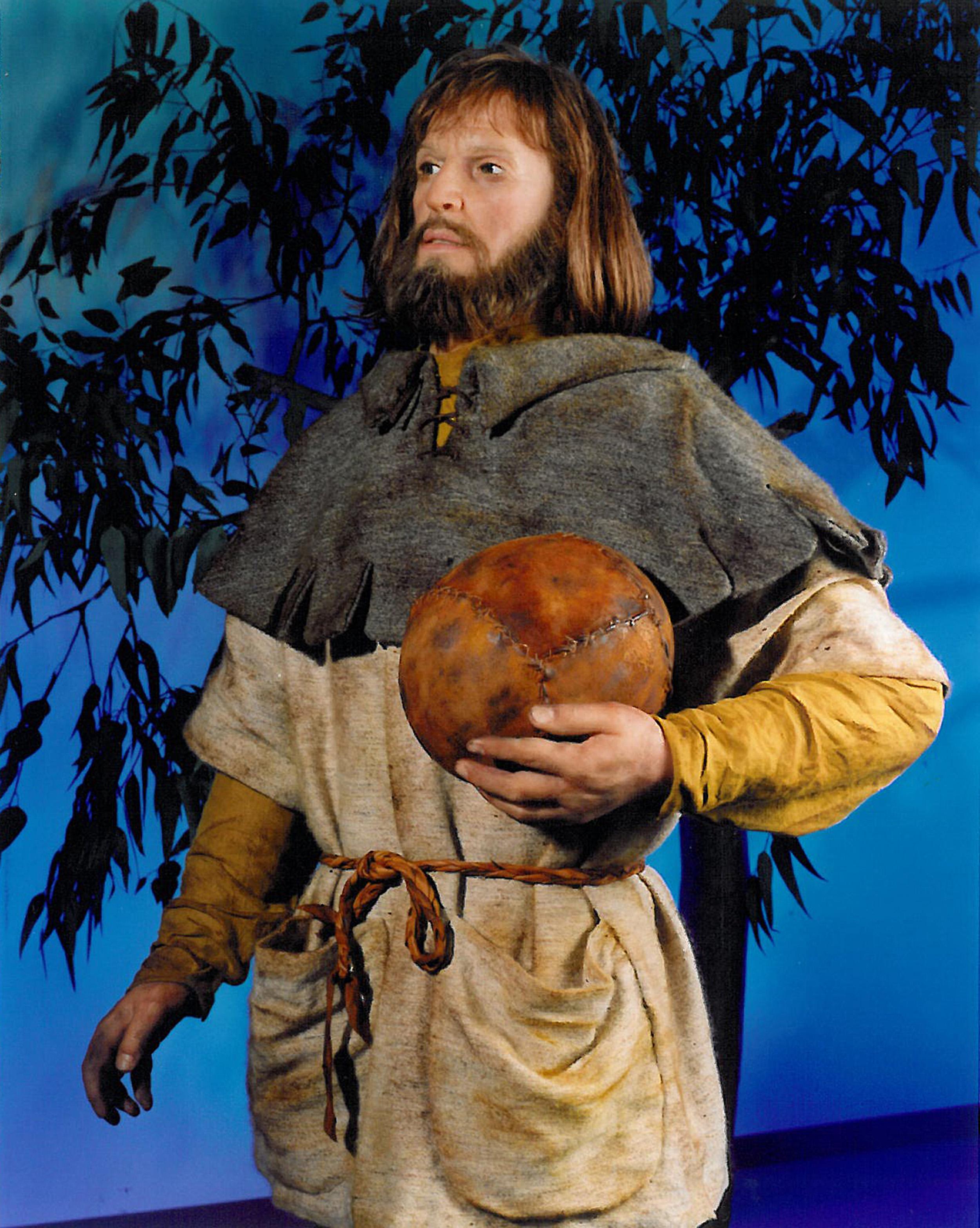 14th Century Fútbol Player