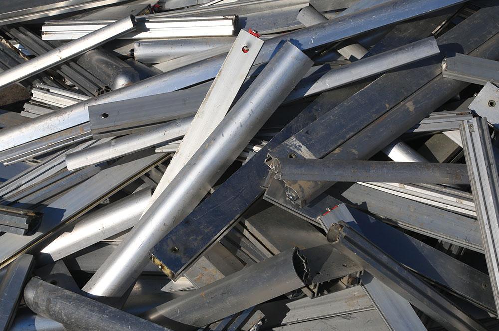 Riciclaggio alluminio e metalli non ferrosi