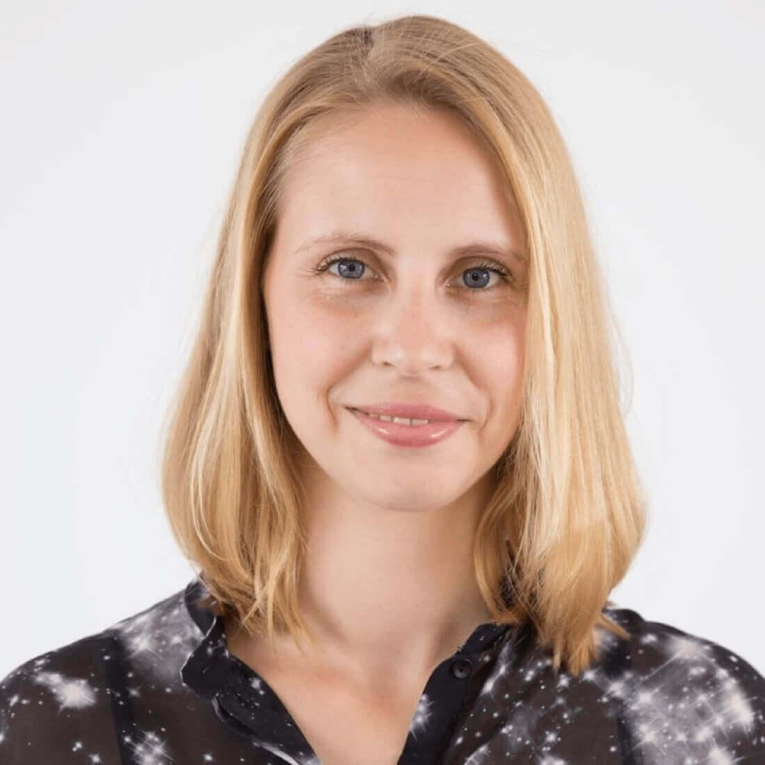 Elena Lange opina sobre Kenjo