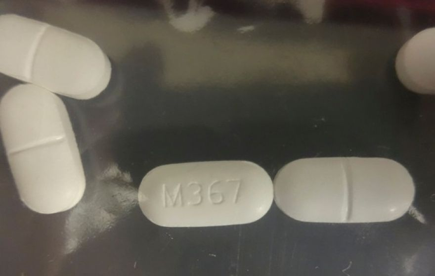 A seized counterfeit hydrocodone tablets in the investigation of a rash of fentanyl overdoses in northern California is shown in this Drug Enforcement Administration (DEA) photo released on April 4, 2016. At least 42 drug overdoses in the past two weeks have been reported in northern California, 10 of them fatal, in what authorities on Monday called the biggest cluster of poisonings linked to the powerful synthetic narcotic fentanyl ever to hit the U.S.
