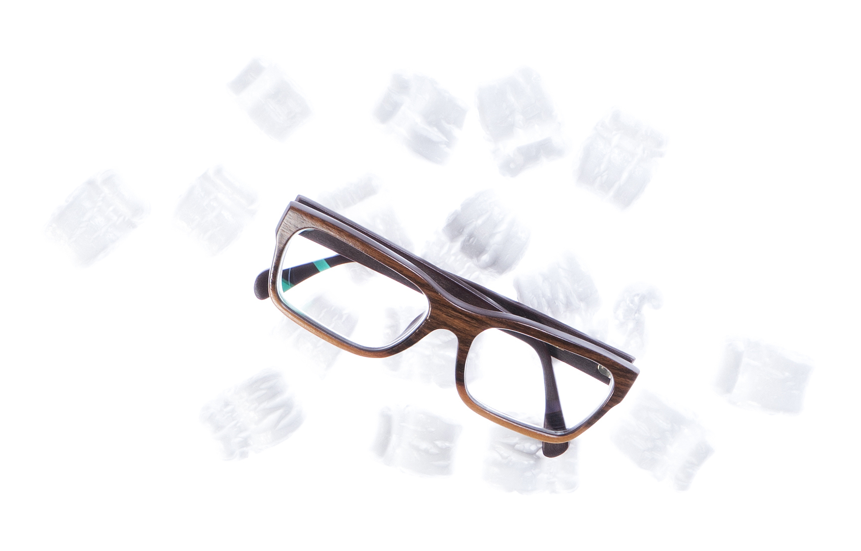 Shipping wooden glasses