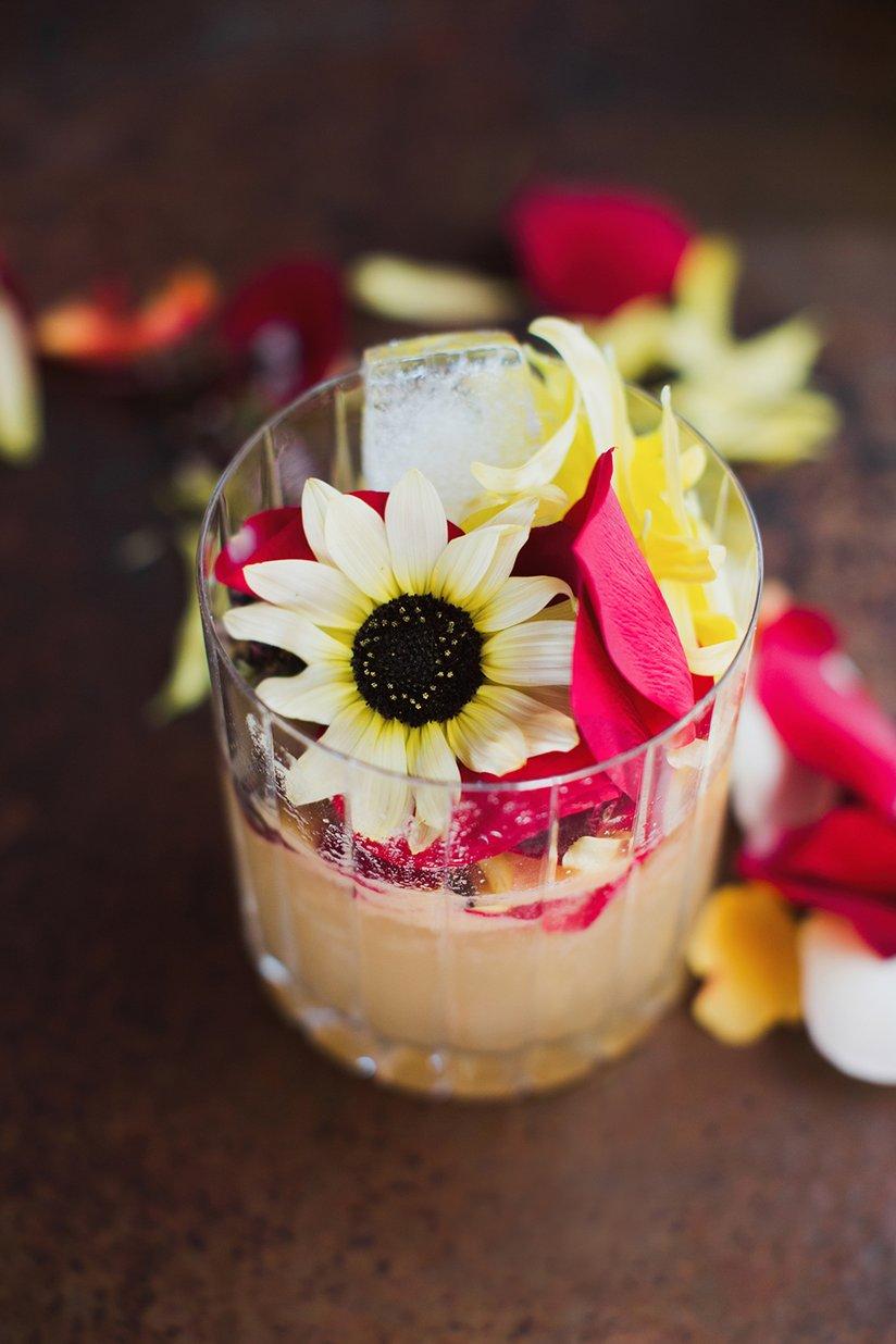 เครื่องดื่มดอกไม้