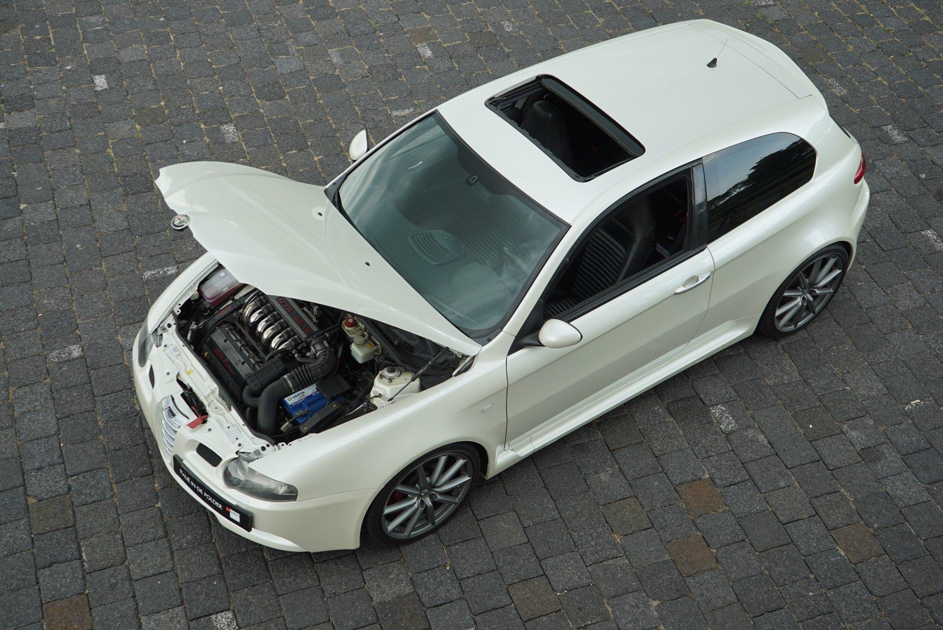 ALFA ROMEO 147 3.2 V6 GTA