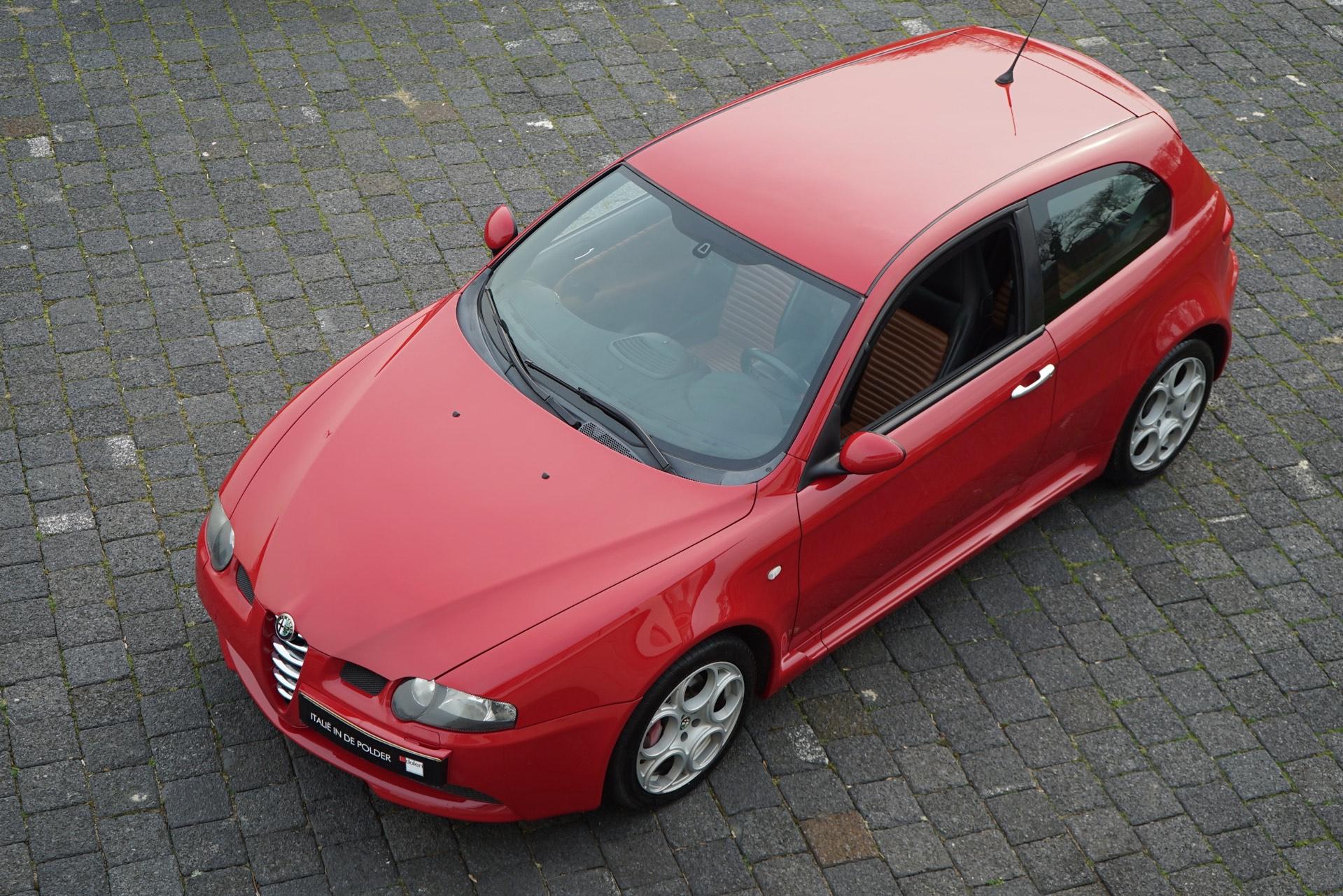 ALFA 147 GTA 3.2 V6 24V ROSSO