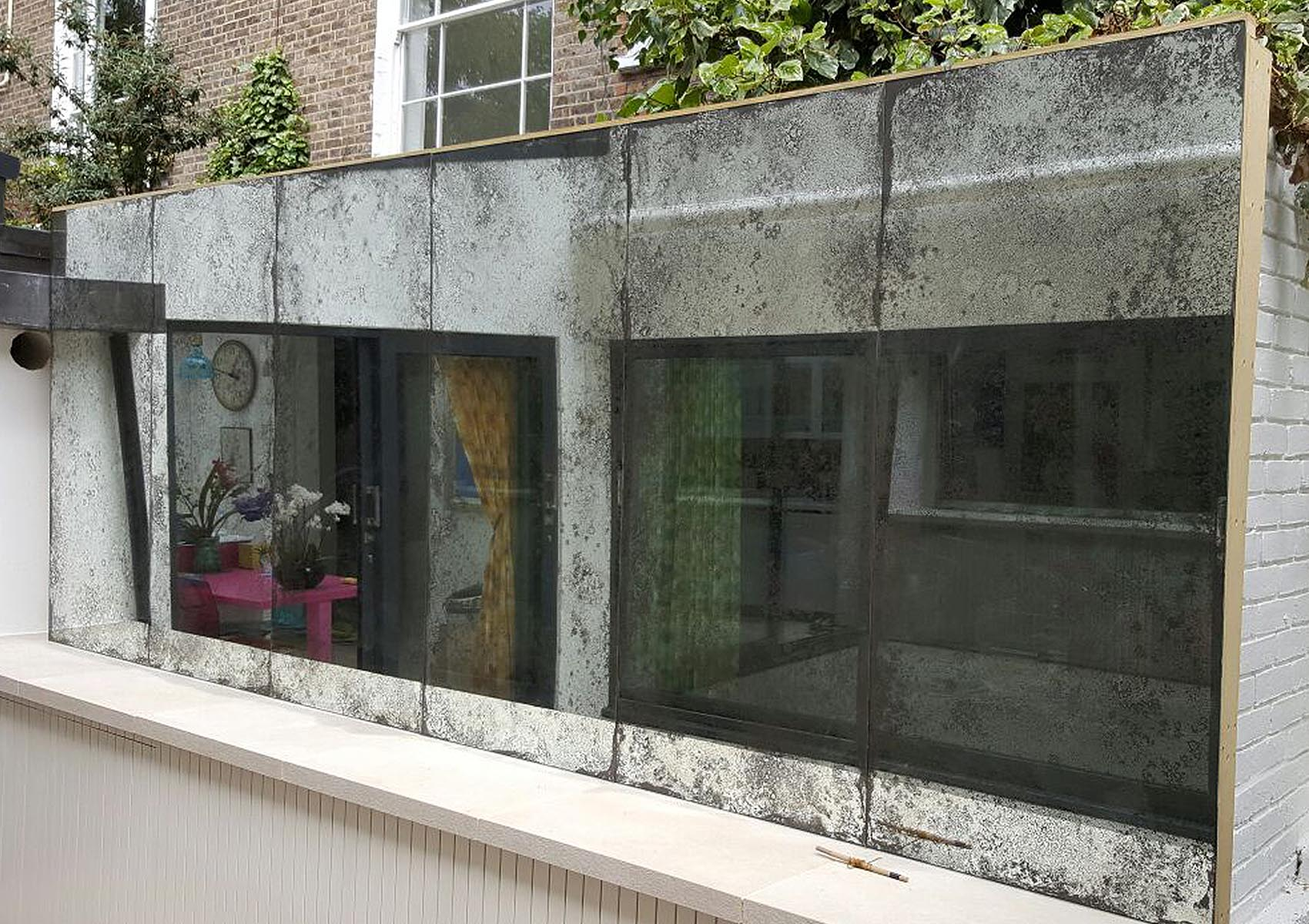 exterior mirror artwork