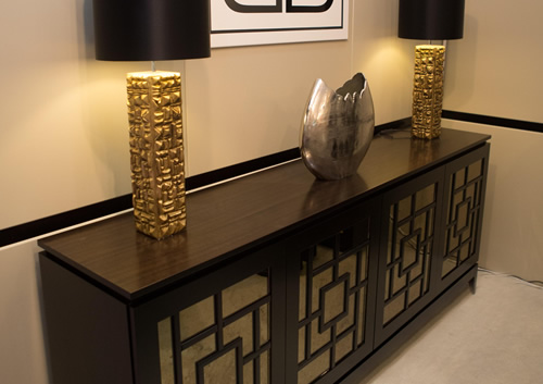 Side board in bronze marble mirror