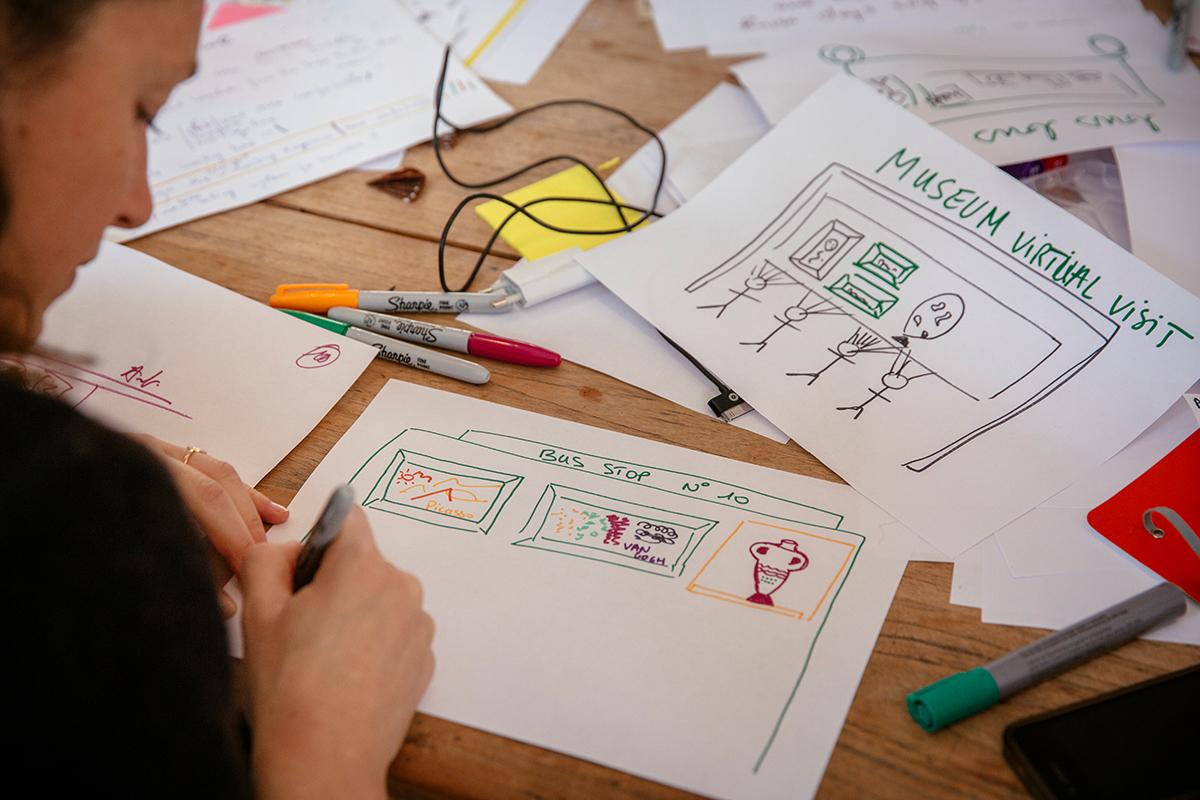 10 plus 10 sketching produces a wide range ofconcrete ideas rapidly. Go for quantity.