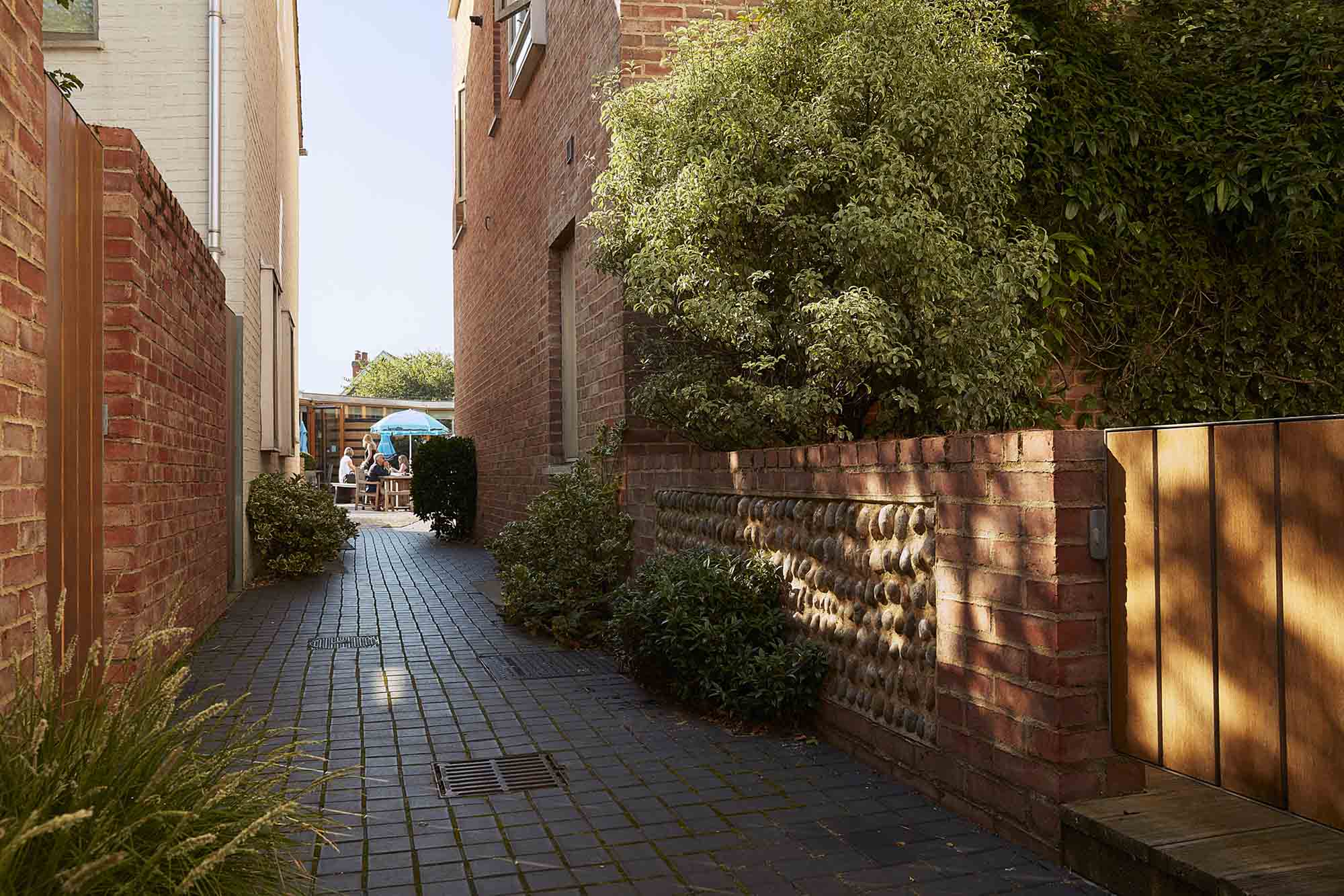 Tibby's Triangle housing Ash Sakula Architects Southwold alleys
