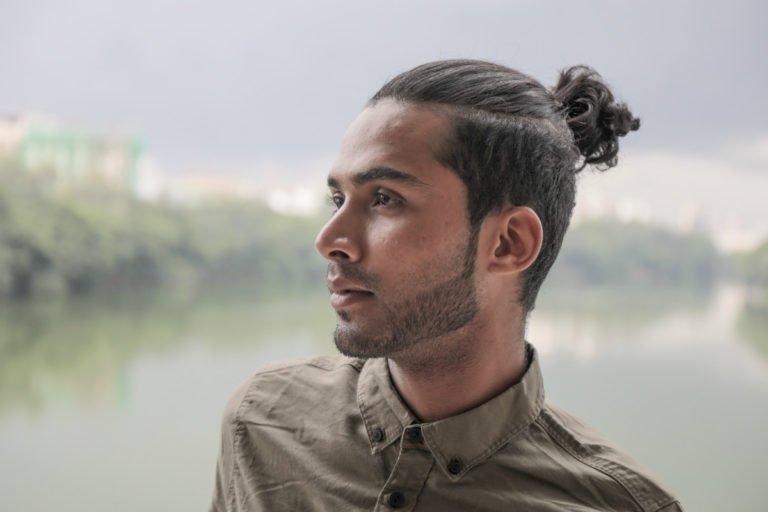 Man bun - men's hairstyling