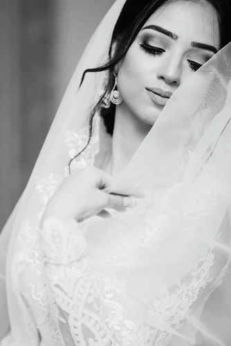 Hire Beauty Professional for Your Wedding