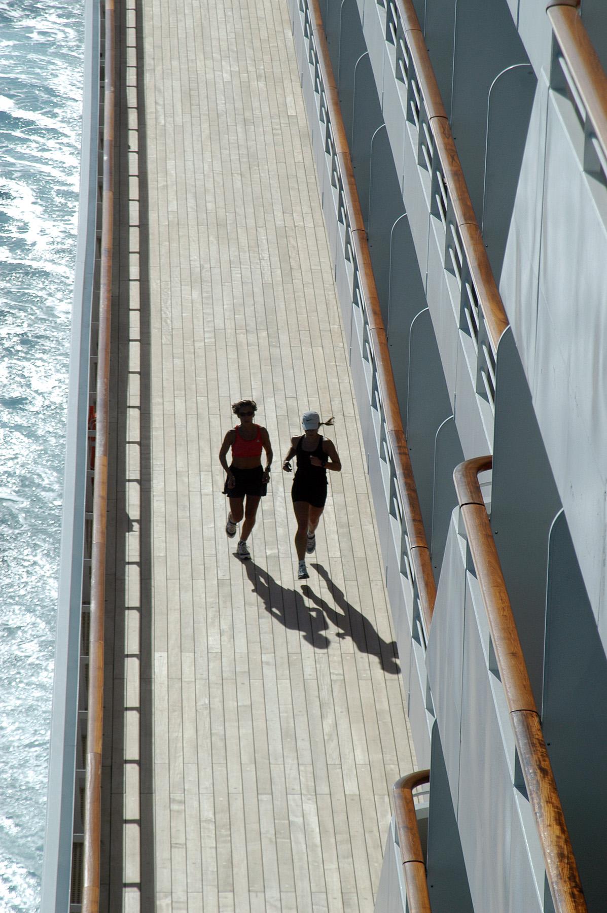 Crystal Serenity - Jogging Deck