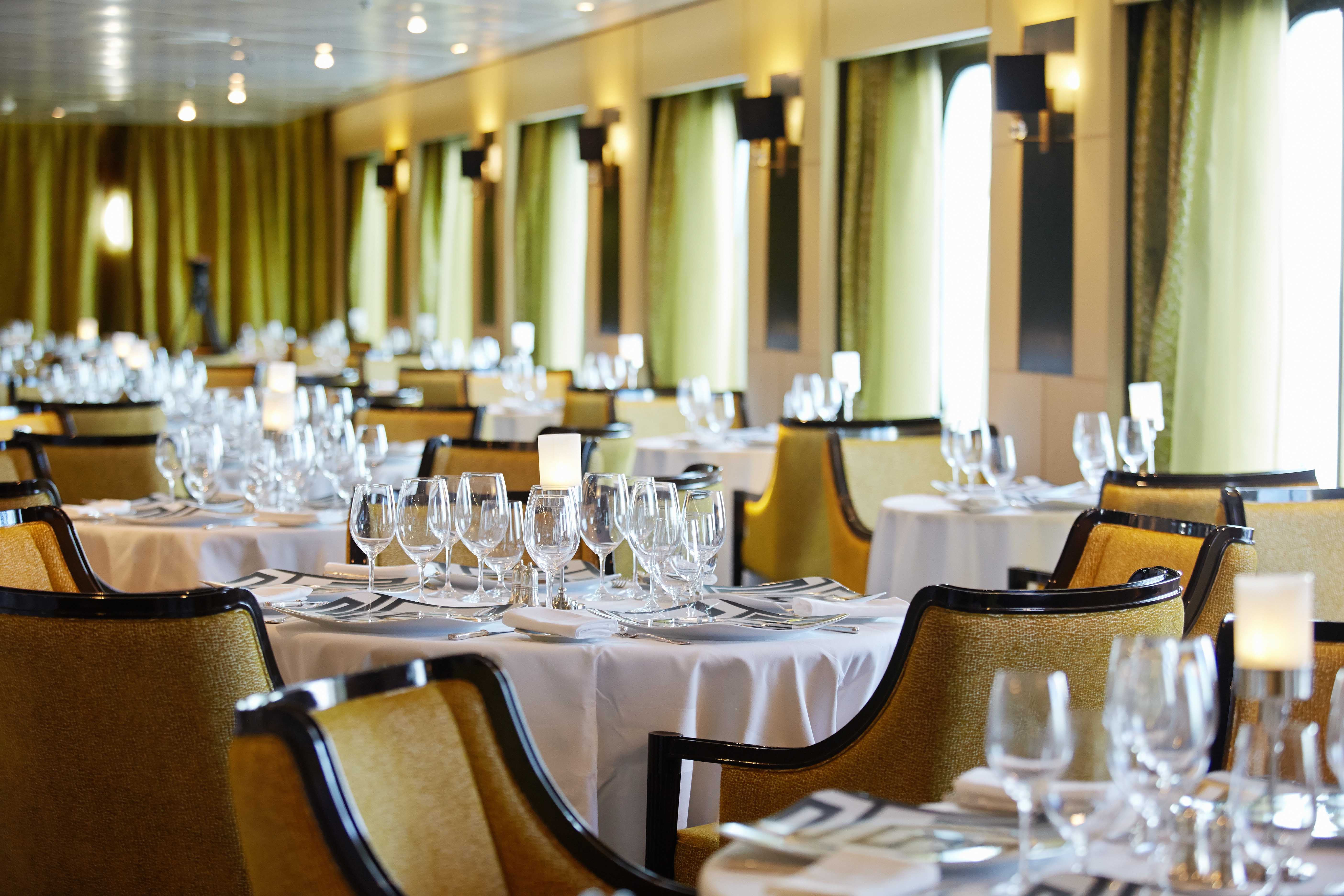 Seven Seas Mariner - Chartreuse Restaurant