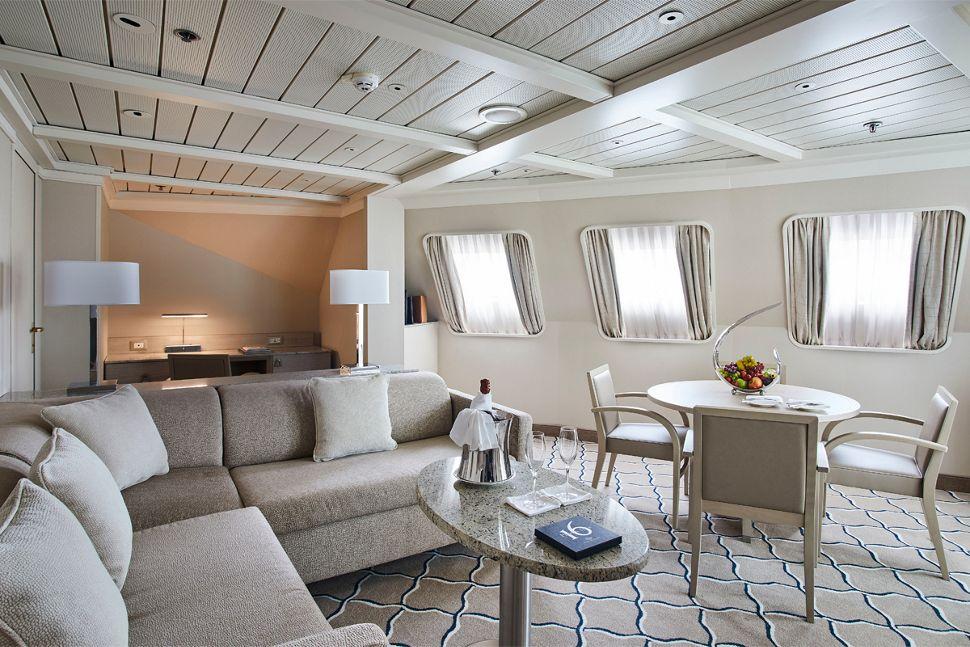 Silversea - Silver Cloud Expedition - Royal Suite