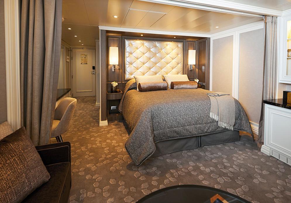 Seven Seas Splendor - Superior Suite