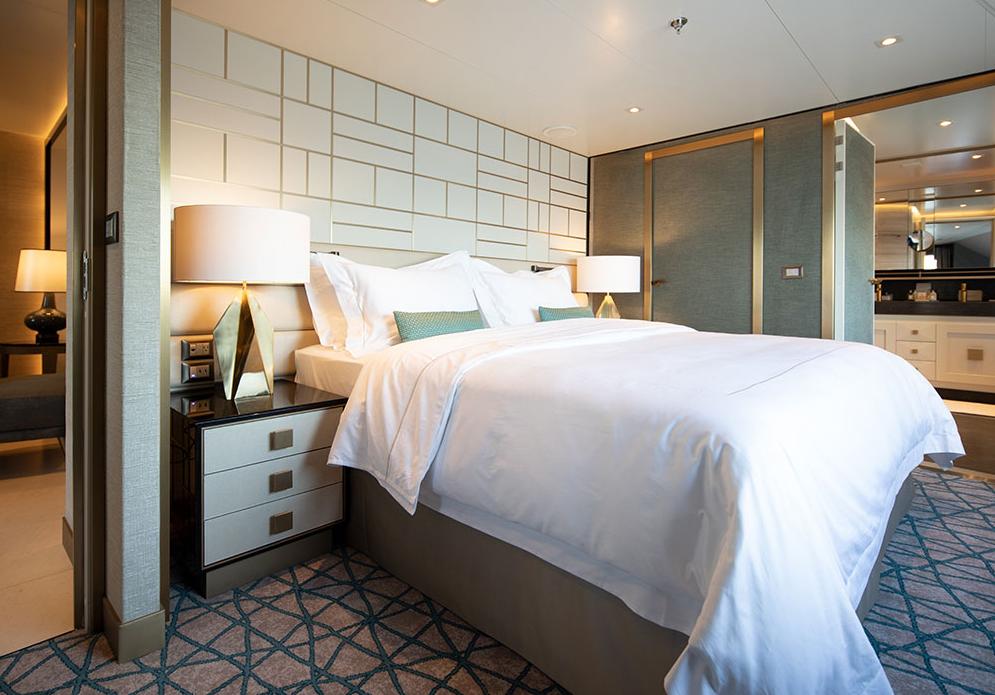 Seven Seas Splendor - Splendor Suite Schlafzimmer