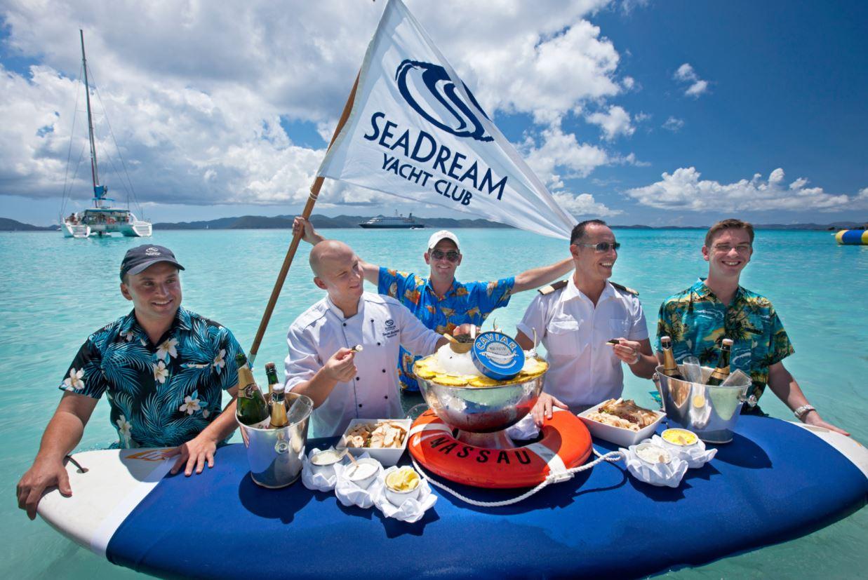 Schwimmende Kaviar Bar