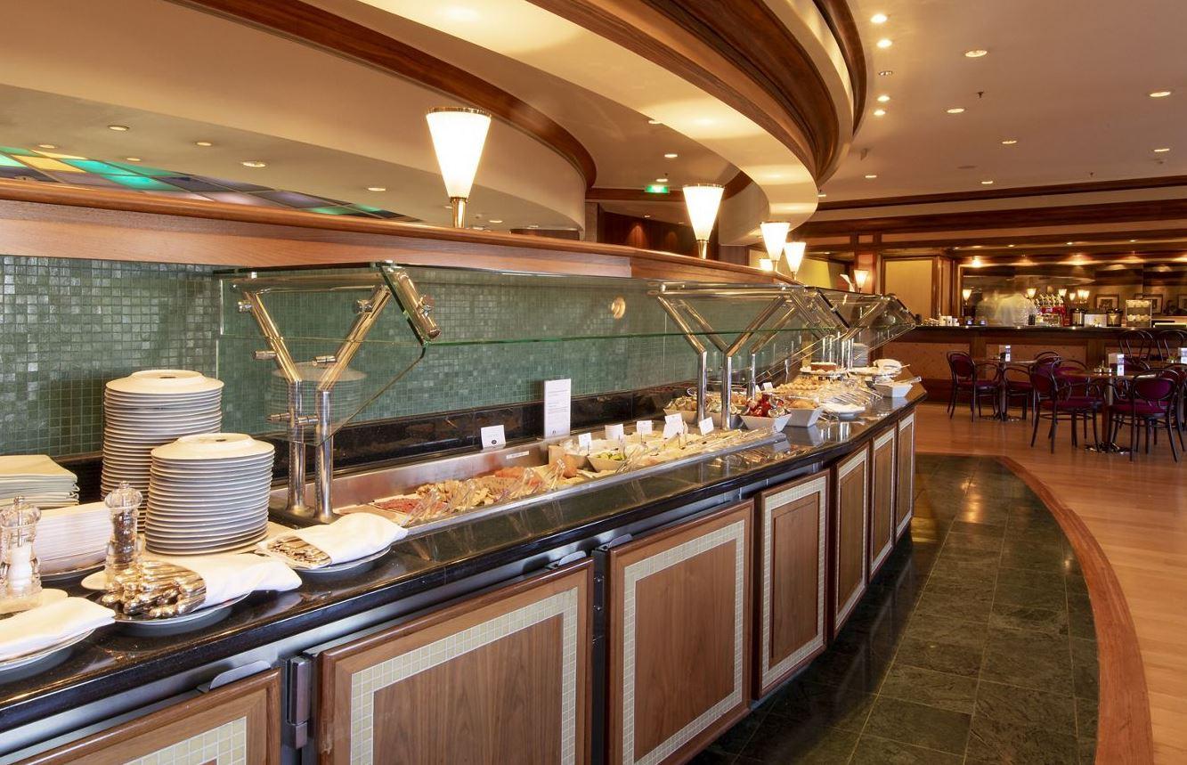 Crystal Serenity - Restaurant Bistro & Coffee Corner