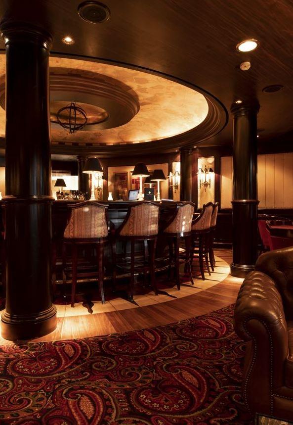Crystal Serenity - Avenue Saloon Bar