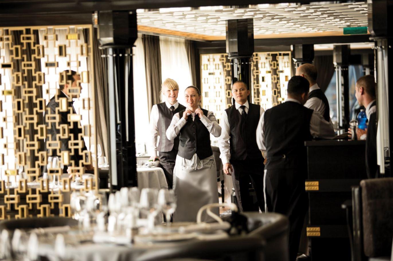 Seven Seas Explorer - Prime 7 Steakhouse Restaurant 2