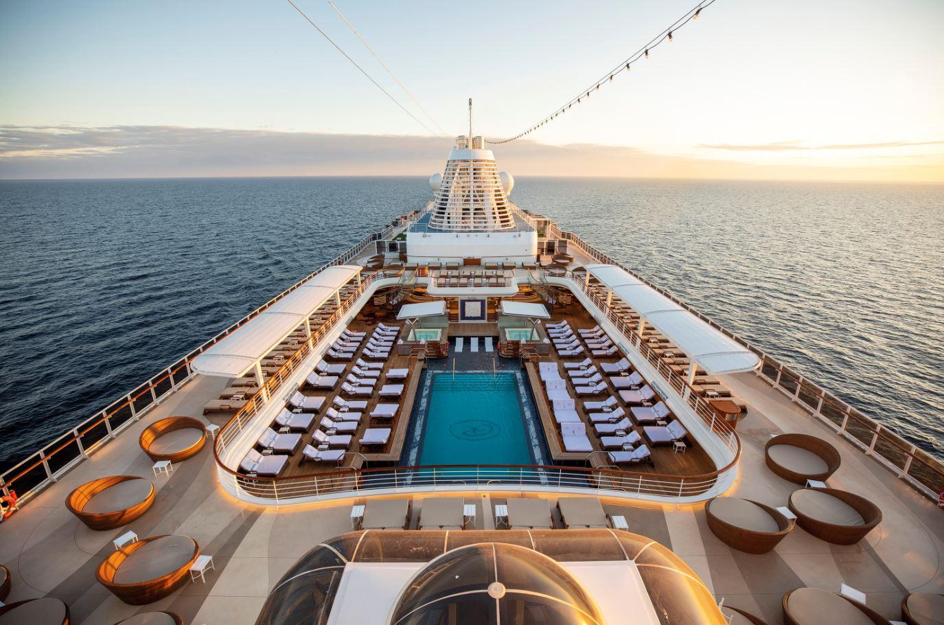 Seven Seas Splendor - Pool