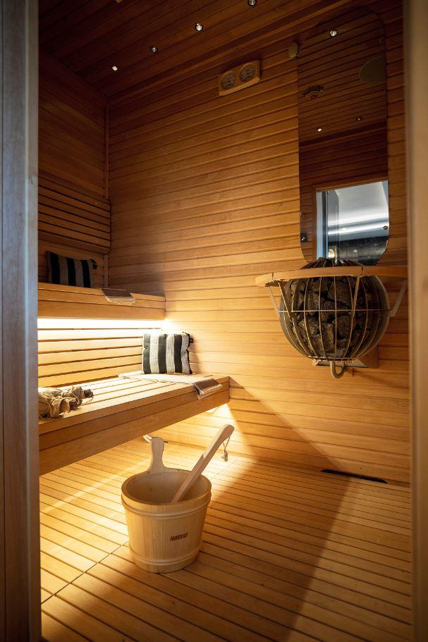 Seven Seas Splendor - Sauna Regent Suite