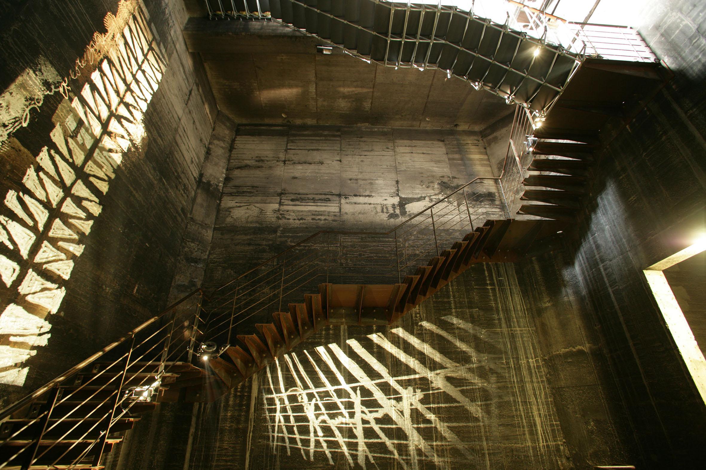 Treppenaufgang der Mischanlage der Kokerei Zollverein, Foto: Thomas Willemsen © Stiftung Zollverein