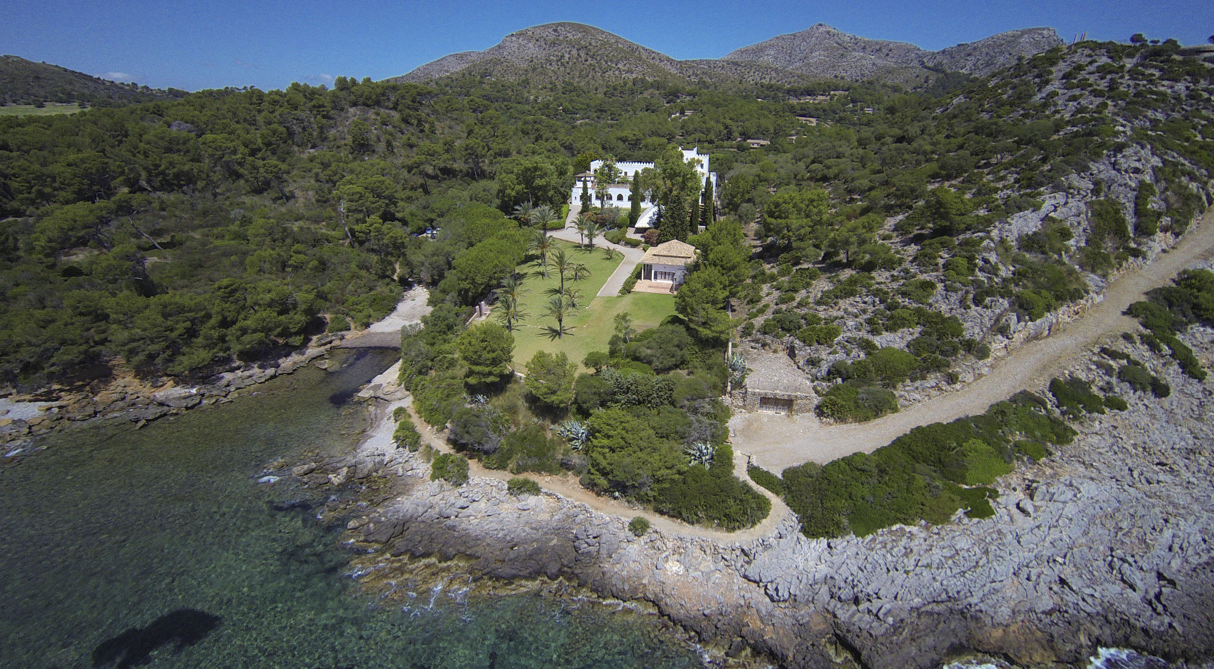 Das Haus von Hassan Fathy: Luftansicht der Küstenlinie © Fundacion Yannick y Ben Jakober