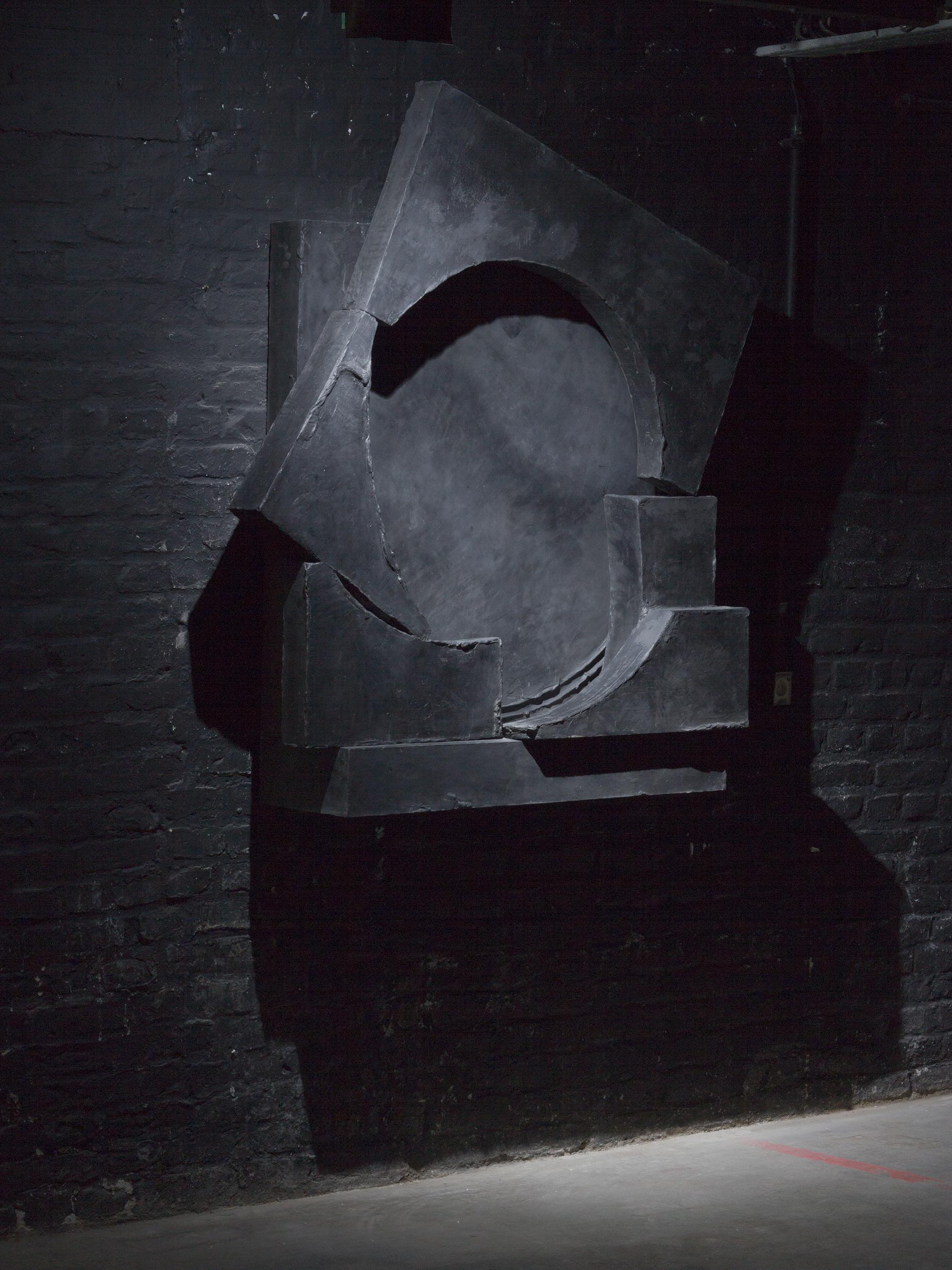 """Teresa, 2018 - black sculpture by Erik Andersen - Installation view of the exhibition """"Ecstasies Teresa"""", Alte Münze, Berlin"""