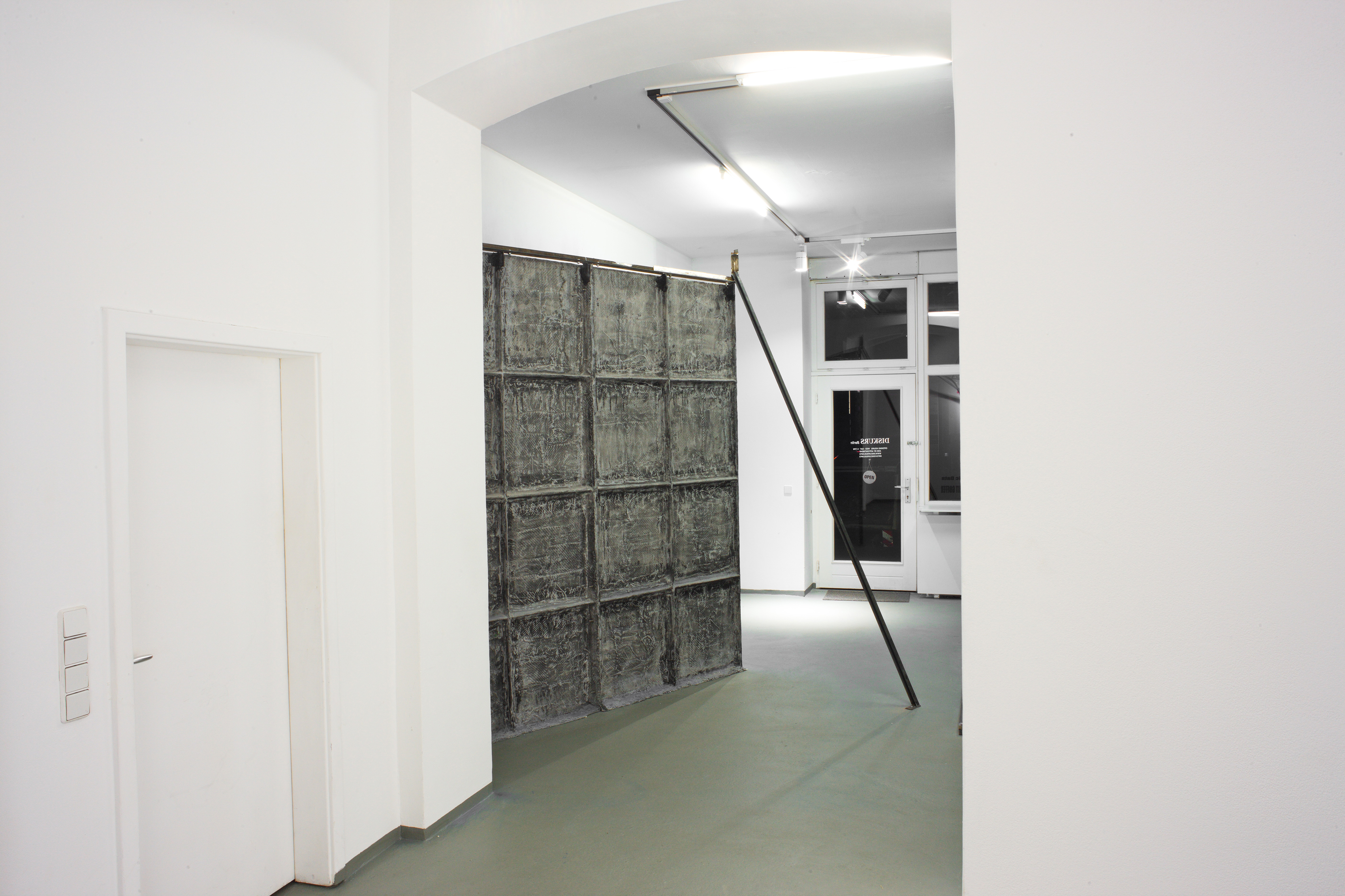 Installation View - God's Biometric Data, 2019 - Exhibition by Erik Andersen and Amit Goffer at Diskurs Berlin - Back side of a sculpture by Erik Andersen