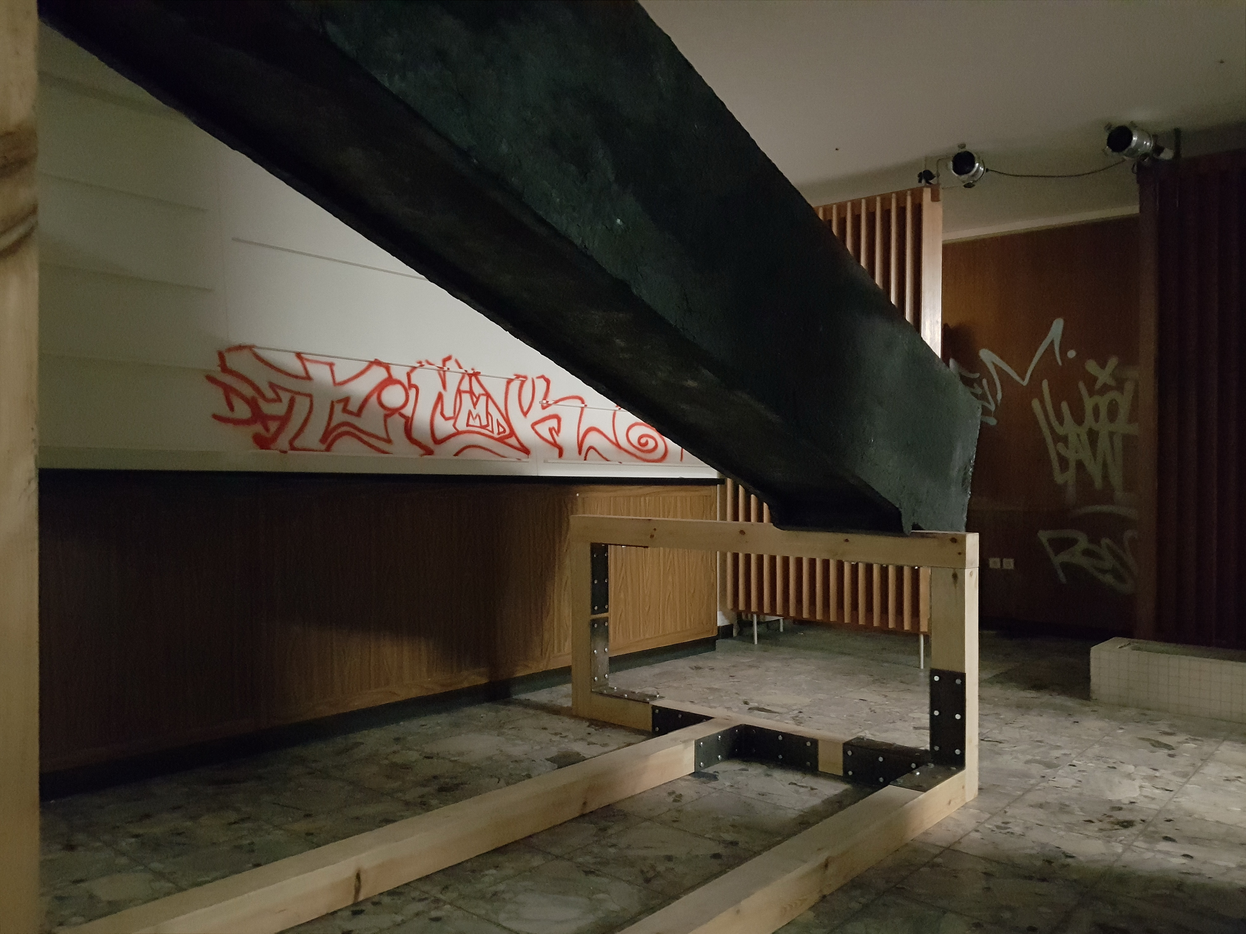 Installation Views - Passengers of a Kaleidoscopic Journey, 2018 - Group Exhibition - Berlin - Artwork: Untitled 2018 - Sculpture by Erik Andersen