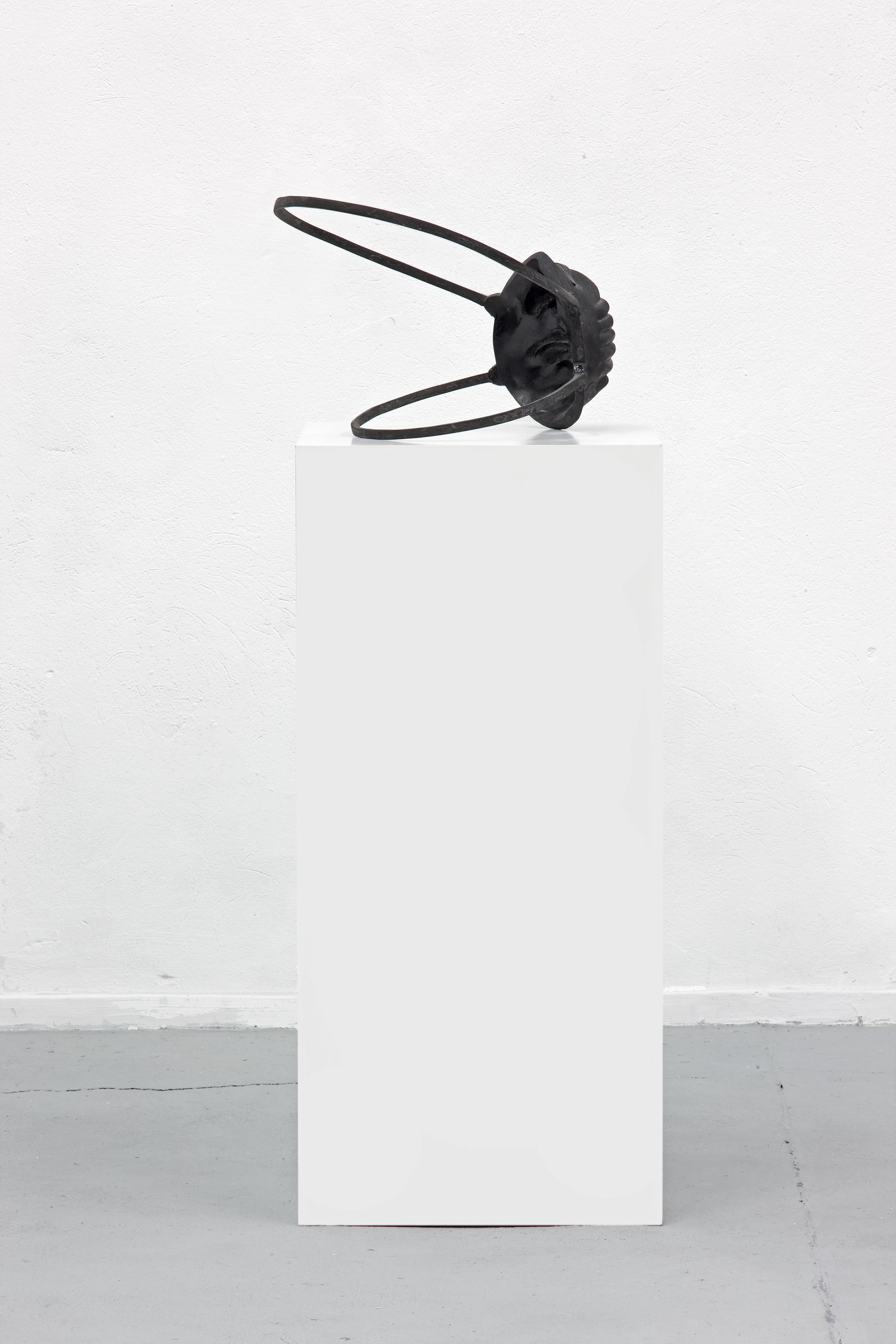 Maske / Selbstportrait, 2010 - black sculpture by Erik Andersen